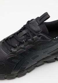 ASICS - GEL-QUANTUM 90 - Chaussures de running neutres - black - 5