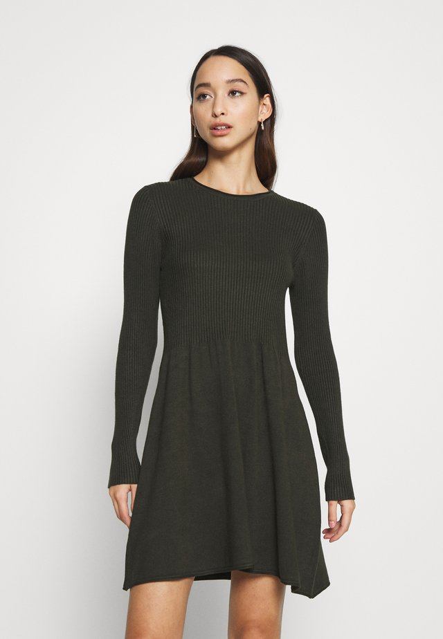 ONLALMA O NECK DRESS - Strickkleid - rosin