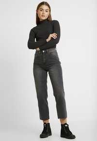 Cotton On - HIGH - Jeans Straight Leg - super wash black - 1