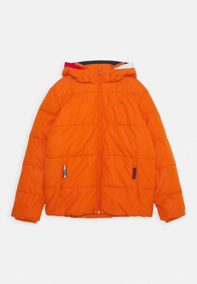 ESSENTIAL PADDED JACKET - Winter jacket - orange