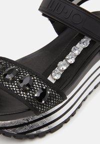 Liu Jo Jeans - MAXI - Sandály na platformě - black - 2
