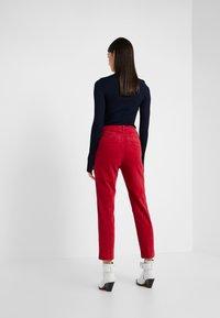 CLOSED - JACK - Kalhoty - ruby - 2