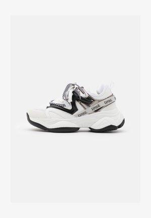 SINA - Sneakersy niskie - blanc