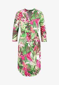 Gerry Weber - MIT FLOWERPRINT ECOVERO - Day dress - lila/pink/grün druck - 3
