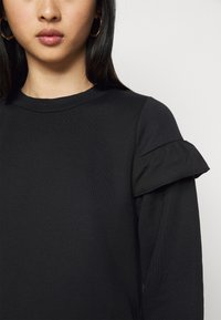 Miss Selfridge Petite - FRILL SLEEVE DRESS - Day dress - black - 5