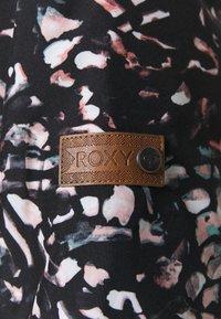 Roxy - ESSENCE  - Snowboard jacket - true black - 5
