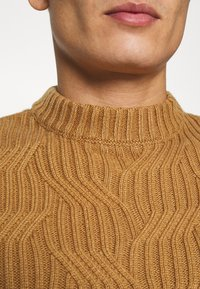 Pier One - Jumper - camel - 4