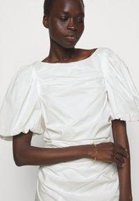 DESIGNERS REMIX - SANDRA PUFF DRESS - Fodralklänning - cream - 5