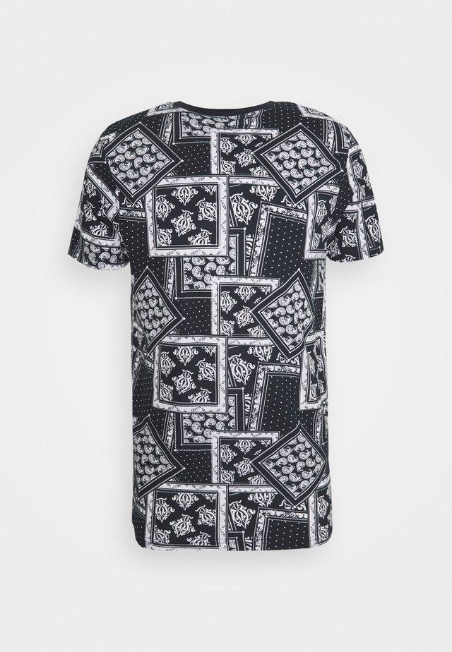 ESCHERB - T-shirt con stampa - rich navy/optic white