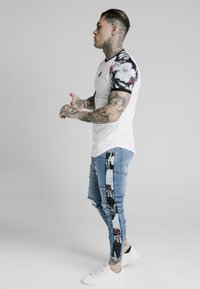 SIKSILK - T-shirt print - white - 3