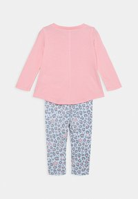 Converse - LEOPARD SET - Leggings - Trousers - coastal pink - 1