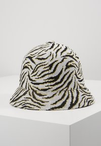 Kangol - CARNIVAL CASUAL - Hat - white/black - 2