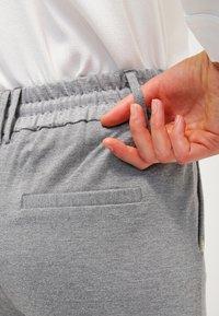 ONLY - POPTRASH EASY COLOUR PANT - Bukse - medium grey melange - 5