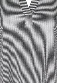 Zizzi - Day dress - black stripe - 4
