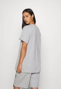 NEW girl ORDER - HEDONIST TEE - T-shirts med print - grey - 2