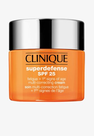 SUPERDEFENSE CREAM SPF 25 SKIN TYPE 3/4 - Face cream - -