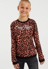 WE Fashion - MET DESSIN - Long sleeved top - bright orange - 1
