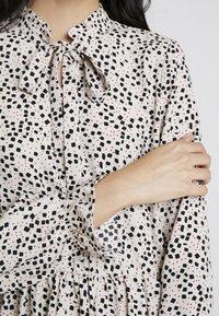 Vero Moda - VMAFIA BOW DRESS - Day dress - pistachio shell - 5