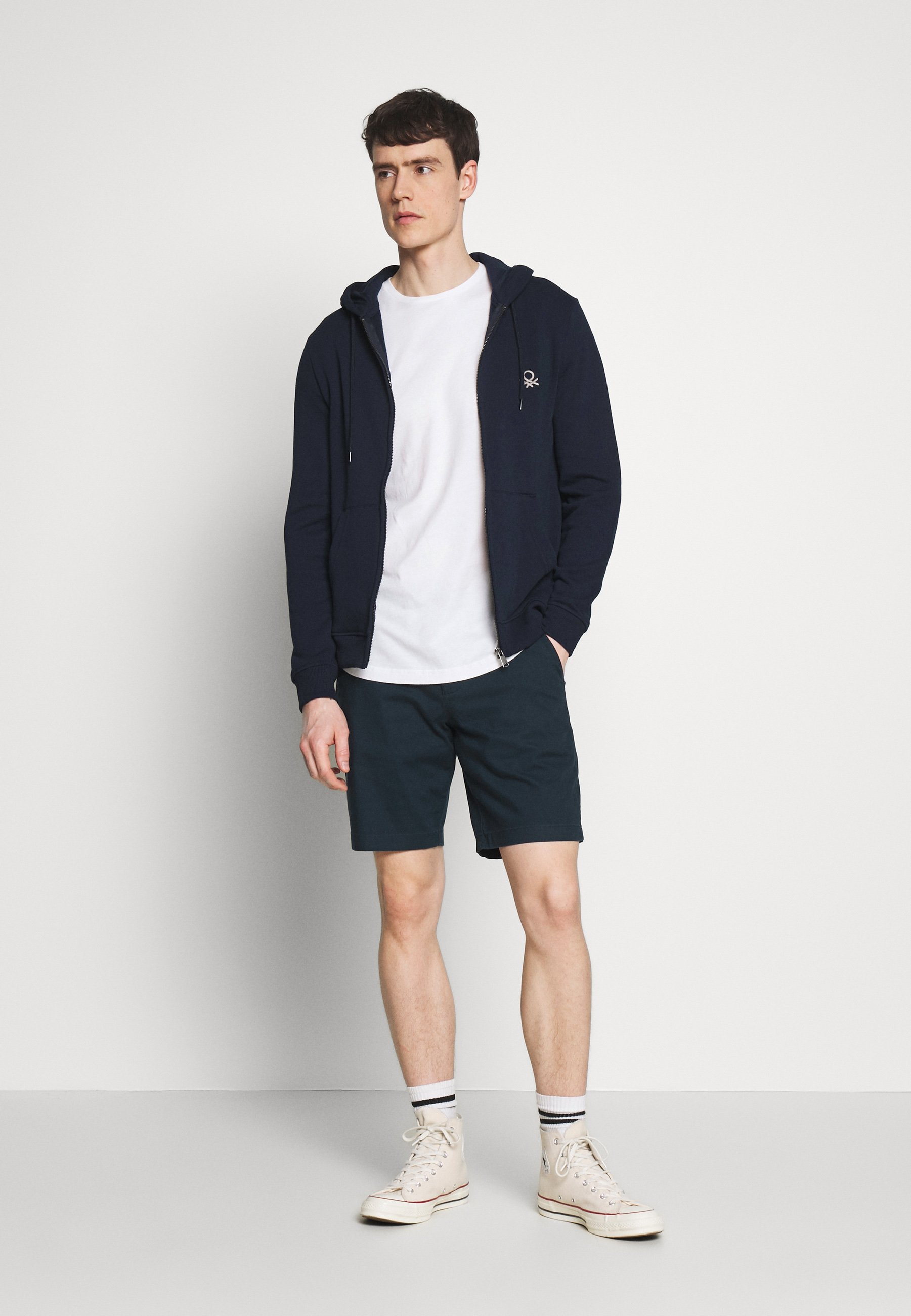 Abercrombie & Fitch Short - navy