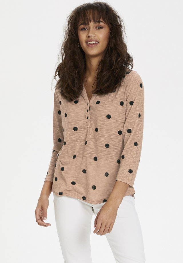KAFFE KACAMEO 3/4 SLEEVE BLOUSE - Long sleeved top - rose copper aop