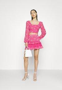 Glamorous - RUFFLE SKIRTS - Mini skirt - pink - 1
