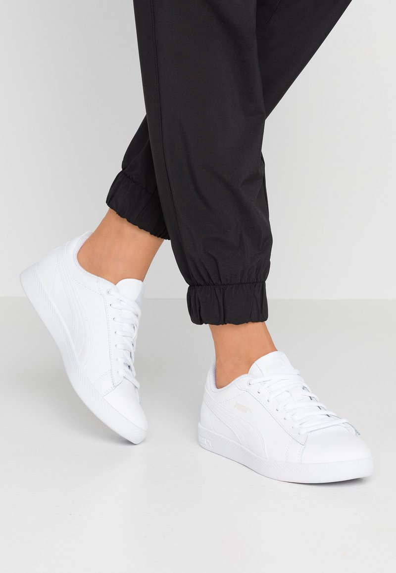 Puma - SMASH - Joggesko - white