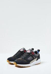 Pepe Jeans - KENTON CLASSIC - Trainers - navy - 1