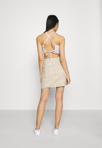 Hollister Co. - OPEN BACK WRAP HALTER - Topper - white - 2