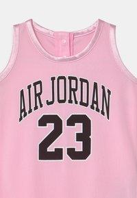 Jordan - ROMPER UNISEX - Śpioszki - pink foam - 2