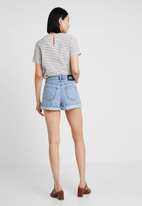 Dr.Denim Tall - JENN - Denim shorts - light retro - 2