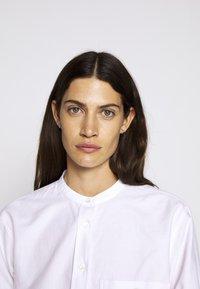 CLOSED - ROWAN - Button-down blouse - rose quartz - 3