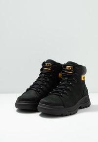 Cat Footwear - BRAWN - Schnürstiefelette - black - 2