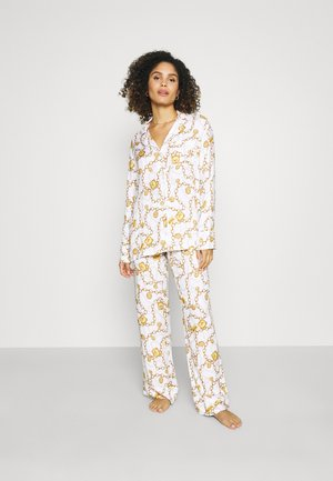 Pyjamas - white fantasy