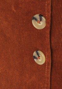 Dorothy Perkins - WRAP BUTTON SKIRT - Mini skirt - tan - 2