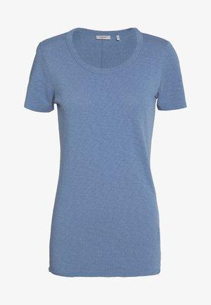SHORT SLEEVE CREWNECK SLIM FIT - Basic T-shirt - blue fantasy