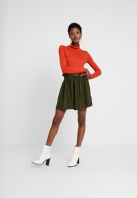 NAF NAF - EMARLY - Mini skirts  - urban khaki - 1