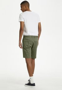 Matinique - Shorts - light army - 2