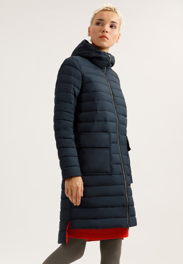 MIT WARMER KAPUZE - Winter coat - dark blue
