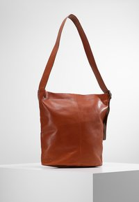 Vagabond - STOCKHOLM - Shopping Bag - cognac - 2