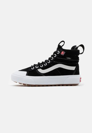 SK8 MTE 2.0 DX UNISEX - Höga sneakers - black/true white