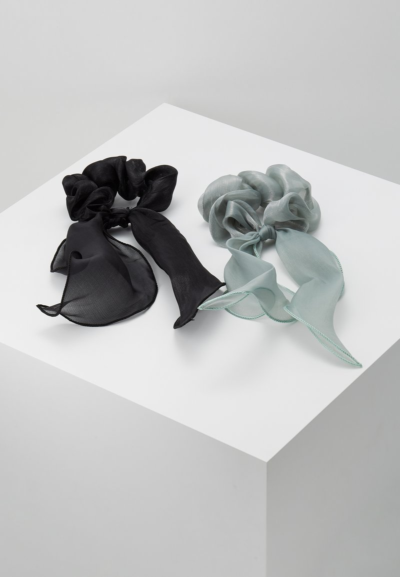Pieces - PCJISA BOW SCRUNCHIE 2 PACK  - Hair Styling Accessory - black/feldspar