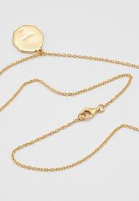 Miansai - FACELESS KING PENDANT NECKLACE - Necklace - gold - 2
