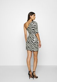 Guess - FLORENCE DRESS - Cocktail dress / Party dress - black/white - 2