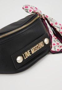 Love Moschino - Bum bag - nero - 6