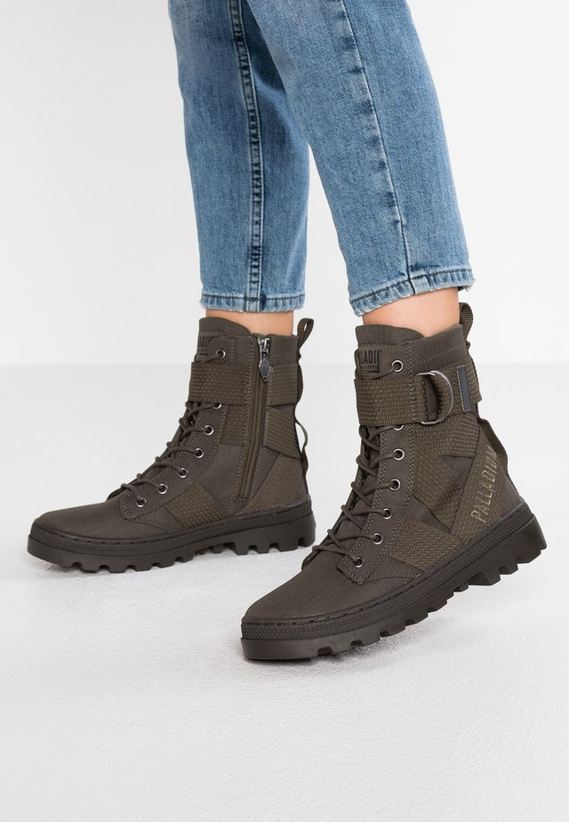 Lace-up ankle boots - vetiver/olive night