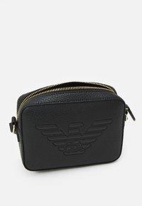 Emporio Armani - ROBERTACAMERA CASE - Across body bag - nero - 3
