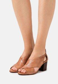 Felmini Wide Fit - ARLENE - Sandals - tierra - 0