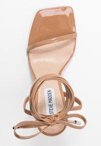 Steve Madden - UPLIFT - Sandaler med høye hæler - camel - 3