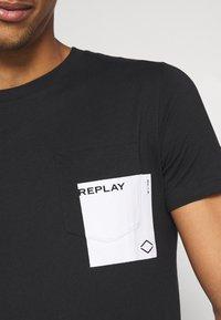 Replay - Print T-shirt - black - 5