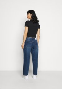 Glamorous Petite - LADIES - Relaxed fit jeans - dark blue wash - 2